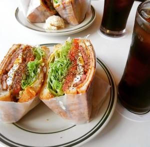 サンドイッチの美味しい店 THE BROS(恩納村) がオススメ ...