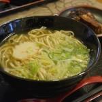 濃厚魚介系スープが旨い!「島そば 節まる」(宜野湾市)