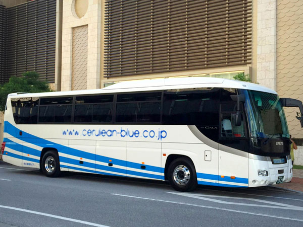 bus1111.jpg